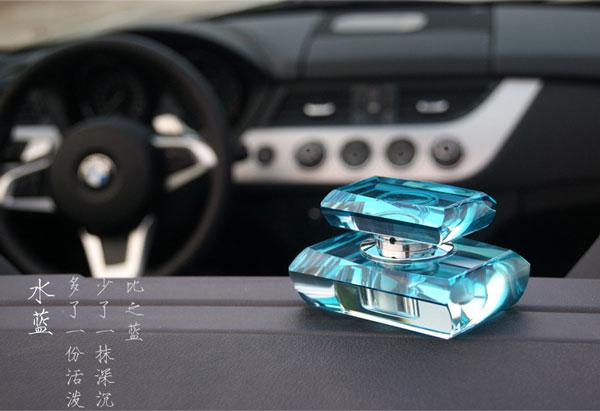 香吧汽车香水蓝色
