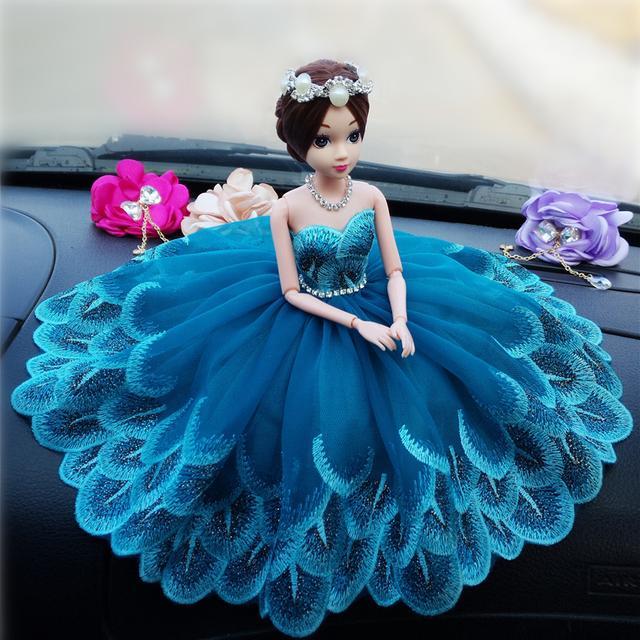 高档镶钻公主婚纱摆件
